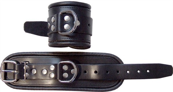 Mister B Leather Wrist Restraints Black